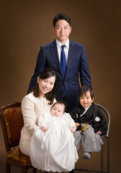 家族4人で初めての撮影